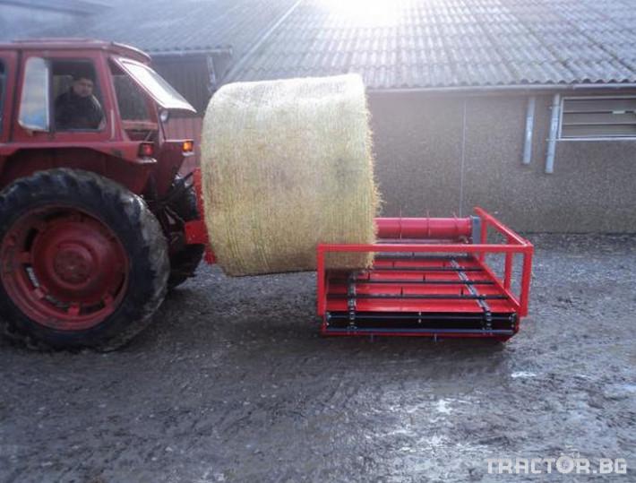 Машини за ферми Навесно устройство за разхвърляне на постеля и хранене, от ролонни бали.HE-VA RONDO-DAN 0